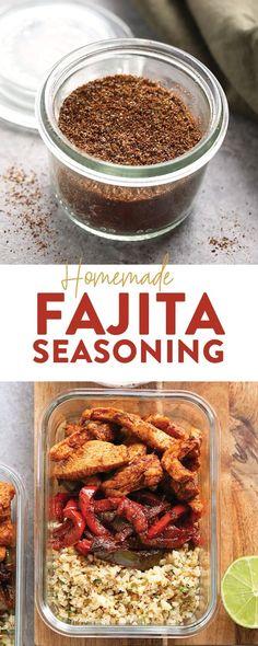 Make your own all-purpose fajita seasoning at home with just 6 basic spices! You can use our homemade fajita seasoning recipe on chicken, steak, veggies, in soup and more. Fajita Seasoning Packet, Fajita Spices, Homemade Fajita Seasoning, Fajita Recipe, Vegetable Seasoning, Seasoning Mixes, Steak Fajitas, Chicken Fajitas, Pico De Gallo