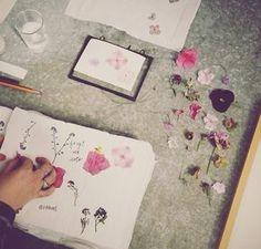 Art journal inspiration - pressed flowers, floral.