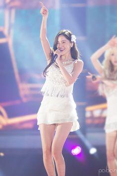 #Yoona #윤아 #ユナ #SNSD #少女時代 #소녀시대 #GirlsGeneration 151230 KBS Song Festival