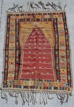 Anatolian prayer kilim - eyes looking throughout. 51 x 41 inches. Old Bed Sheets, Carpet Squares, Cheap Rugs, Fabric Scissors, Old Clothes, Carpet Stairs, Patterned Carpet, Cool Rugs, Persian Carpet