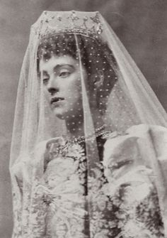 "antique-royals: ""Princess Daisy of Pless in wedding gown. "" 8th of December 1891, (after one year from the first meeting) eighteen year old Daisy married wealthy Prince Hans Heinrich XV Pless Hochberg. Wedding took place at London's Westminster..."