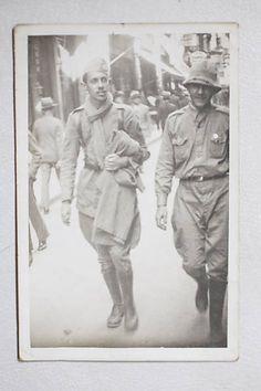 José Fabio da Rocha Frota em dia de folga após voltar de Santos, para onde foi caminhando com o batalhão. Arquivo particular Família Rocha Frota.