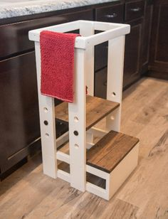 How to choose a toddler learning tower or kids kitchen helper. Optimal age range, benefits to having one, & different options to choose the best one for your family. Toddler Kitchen Stool, Kitchen Step Stool, Stools For Kitchen Island, Toddler Table, Island Stools, Counter Stools, Bar Stools, Foot Stools, Island Bar