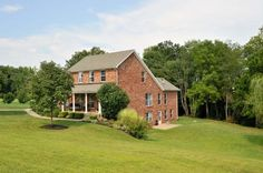 4 Bedroom, 3.5 Bath you are going to love this home in La Grange, Ky! #Oldham