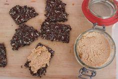 Pittige Kerrie Kokos Spread | De Bakparade Spreads, Curry, Snacks, Vegan, Cookies, Chocolate, Health, Desserts, Food