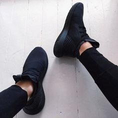 c3c1fc55022c Black Sneakers 2017 (1) All Black Nike Trainers