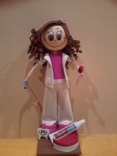 """El Mundo Mágico de Gloria"""": Muñeca Personalizada: Fofucha Dentista Always interesting what you can find when you type in cosmetic dentistry and other related terms"""