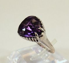 Superb Vintage Solid Gold ring Precious Gem Quality Natural Amethyst Retro Ring Stamped