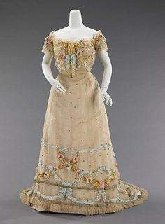 Ball Gown Jacques Doucet, 1902 The Metropolitan Museum of Art