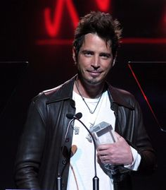 <p>Chris Cornell accepts the Stevie Ray Vaughan Award at the 3rd Annual MusiCares MAP fund benefit on May 11, 2007 in Los Angeles, California.<br />(Photo by Chad Buchanan/Getty Images) </p>