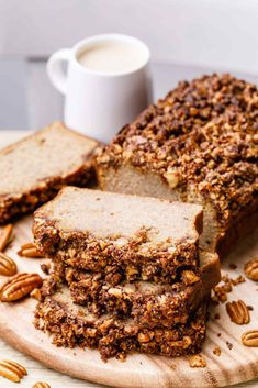 Coffee Cake Banana Bread with Crumble Top (Paleo Recipe) Coffee Cake Banana Bread with Crumble Top (Paleo Recipe) – Paleo Grubs Dessert Bread, Paleo Dessert, Bread Cake, Paleo Sweets, Healthier Desserts, Paleo Grubs, Paleo Diet, Nutritional Yeast Recipes, Crumble Topping