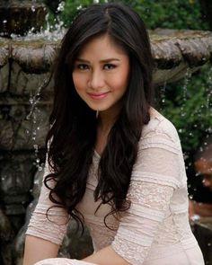 Filipina singer and actress, Sarah Geronimo