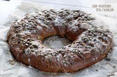 TUOREPURISTETTUA (aka Freshly Pressed blog by Marjo Vähäsarja): Greek olive and feta bread - the Finnish way | #bread #greek #feta #cheese #olive #rye