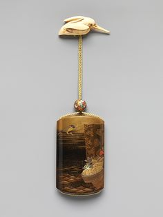 Inrō with Treasure Boat, by Bunryūsai KAJIKAWA (Japanese, ca. 1751–1817), Edo period (1615–1868), 19th century, Gold and black lacquer and nashiji ground with gold and silver hiramaki-e, red lacquer, and mother-of-pearl inlay, 8.7 x 5.3 x 2 cm ©The Metropolitan Museum of Art #Inro, #Urushi, #Laque, #Japon, #Lacquer, #Japan