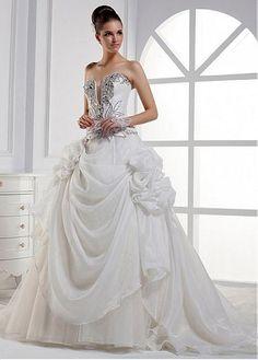 Alluring Organza Satin Sweetheart Neckline Ball Gown Wedding Dresses