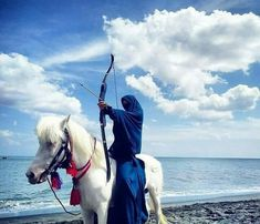 Image discovered by ♡Muslimah♡. Find images and videos about woman, strong and horse on We Heart It - the app to get lost in what you love. Muslim Girls, Muslim Couples, Muslim Women, Hijabi Girl, Girl Hijab, Girly Images, Islamic Cartoon, Niqab Fashion, Hijab Cartoon