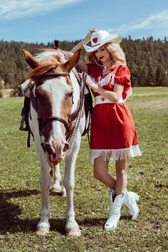 Wolfette Styling s 12 Months of Barbie  Introducing Cowgirl Barbie  Vaqueras 34ced7a63f2
