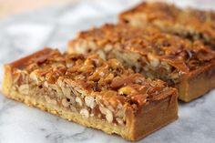 Arašidovo-karamelový koláčik