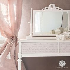 Shabby Chic and Vintage Style with Inspirational Quotes - Dream On Lettering Furniture Stencils - Royal Design Studio