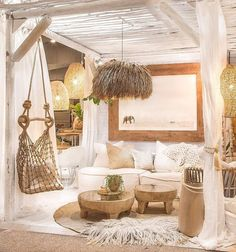 Ideas to Supercharge Your Bohemian Home Decor - Vintage Furniture Living Room Decor, Bedroom Decor, Light Bedroom, Bali Bedroom, Bedroom Colors, Style Deco, Beach House Decor, Home Decor, My New Room