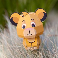 Disney Celebrate - The Lion King Simba Papercraft