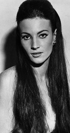 """Résultat de recherche d'images pour """"ass nude  black & white 1965"""""""