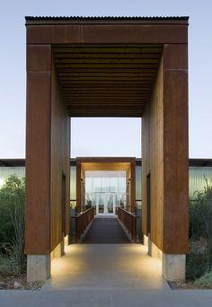 McDowell Mountain Ranch Park & Aquatic Center / Weddle Gilmore Black Rock Studio