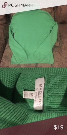 Cashmere turtle neck sweater VGUC Cashmere turtle neck sweater. Size says medium but runs small and would fit a small much better. The brand is Madison, by Belk. Madison Sweaters Cowl & Turtlenecks