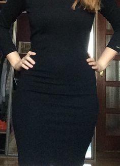 Kup mój przedmiot na #vintedpl http://www.vinted.pl/damska-odziez/krotkie-sukienki/15247869-czarna-sukienka-z-rekawem-34-mohito