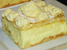 The papal cream took its name from John Paul II, who made memories . Polish Desserts, Desserts To Make, Polish Recipes, Sweet Recipes, Cake Recipes, Dessert Recipes, Sweets Cake, Cupcake Cakes, Cupcakes
