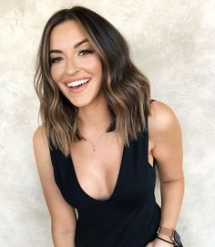 brown hair Once you go short, you keep going shorter I love a good change that makes my heart race a little Short Brown Hair, Brown Blonde Hair, Short Brunette Hair, Brown Hair Shades, Brown Hair Colors, Balayage Hair, Hair Looks, Look Fashion, Hair Trends