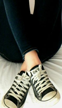 22ffe2f1478324 All Star Converse and jeans
