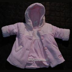 ensemble bébé fille  manteau + robe rose pale dentelle