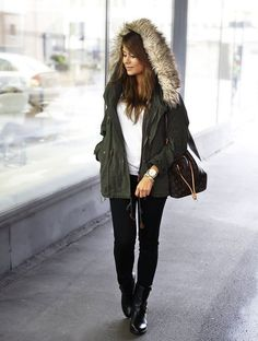 Fall outfit inspiration  www.instagram.com/famestapp #fall #outfit #fashion #famest