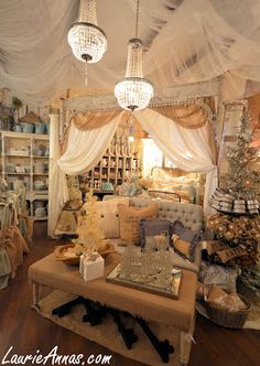 LaurieAnna's Vintage Home: The Customer Experience
