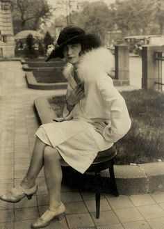 woman in Berlin by Herbert Hoffman, c1924    BY HERBERT HOFFMAN C.1924