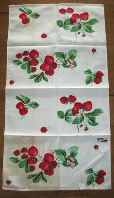 Wilendur Printed Towel Strawberries Vintage 1950's by AStringorTwo, $14.00