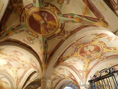 Frescoes on the ceiling of the crypt of the Basilica of San Calimero in Milan (Italy). Visit the website for other pictures and info!