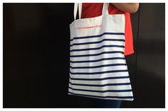 Acabamos de recibir las nuevas bolsas de rayas marineras MPM. Un complemento perfecto para dar un toque picassiano a tu look este verano. ¡No te quedes sin la tuya! #LibreríaMPM
