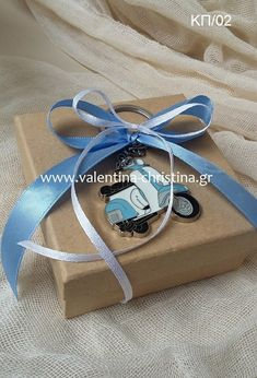 Baptism Gifts, Baptism Ideas, Baby Boy Christening, Kraft Paper, Paper Gifts, Gift Wrapping, Wrapping Ideas, Vespa, My Boys