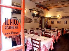 Il Fico Ristorante in Rome is a lovely place to eat - spaghetti all'aragosta and their fiori di zucca especially!