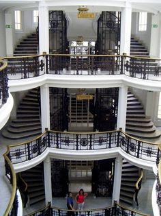 Madrid: Edificio Comercial en Calle Mayor, 4. De Antonio Palacios.