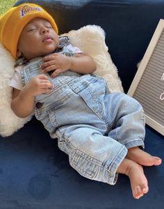 Newborn Black Babies, Cute Black Babies, Beautiful Black Babies, Baby Boy Newborn, Cute Babies, Baby Boy Swag, Cute Baby Girl, Kids Fever, Baby Fever