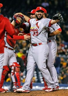 The Cardinals lockerroom erupts after victory No. 100 brings the NL Central crown. Cardinals Team, Cardinals Baseball, St Louis Cardinals, Yadier Molina, Team Photos, Great Team, Just Run, Espn, Mlb