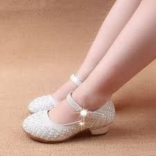 Buy girl shoes princess shoes for kids heels strap - yane - Flower Girl Shoes, Baby Girl Shoes, Kid Shoes, Cute Shoes, Girls Shoes, Baby Boy, Flower Girls, High Heels For Kids, Kawaii Shoes