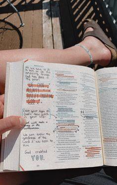 Bible Verses Quotes, Bible Scriptures, Isaiah Bible, Cute Bibles, Bibel Journal, Bible Doodling, Jesus Is Life, Routine, Bible Study Journal