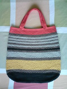 "Ravelry: Marly Bag pattern by Marlaina ""Marly"" Bird ~ free pattern For scrap yarn?"