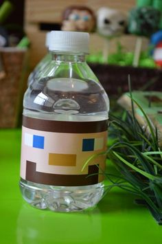 Big J Turns Minecraft Party: Minecraft party ideas with FREE Minecraft party printables via Kara's Party Ideas Minecraft Birthday Party, 10th Birthday Parties, Birthday Fun, Birthday Ideas, Mindcraft Party, Minecraft Decorations, Video Game Party, Party Planning, Party Time