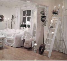 I really like the white step ladder