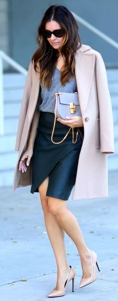 Leather and Nude Street Look / Awe Fashion for Fall and Winter Street Style Inspiration